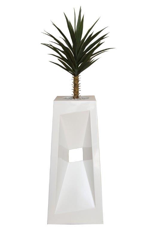 Yucca in Fibreglass Diagonal Urn